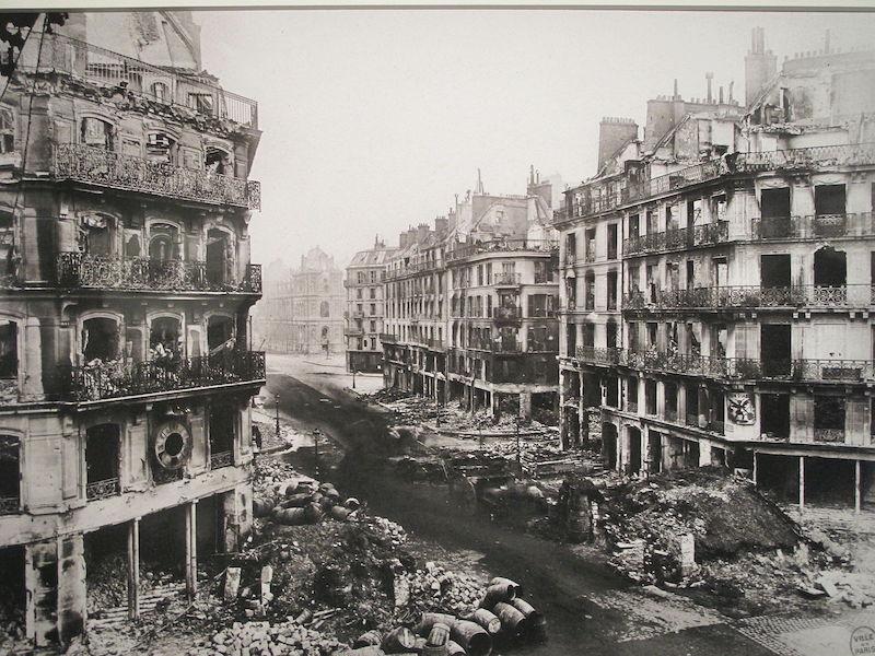 paris-commune-rue-de-rivoli