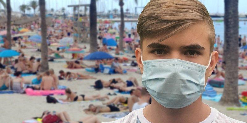 Masque à la plage