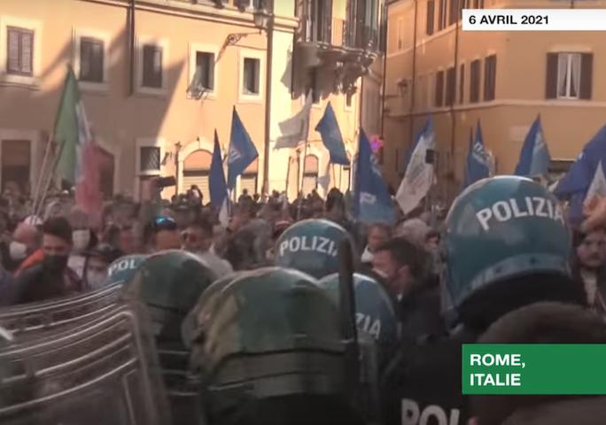 manifestation des restaurateurs italiens pour la réouverture