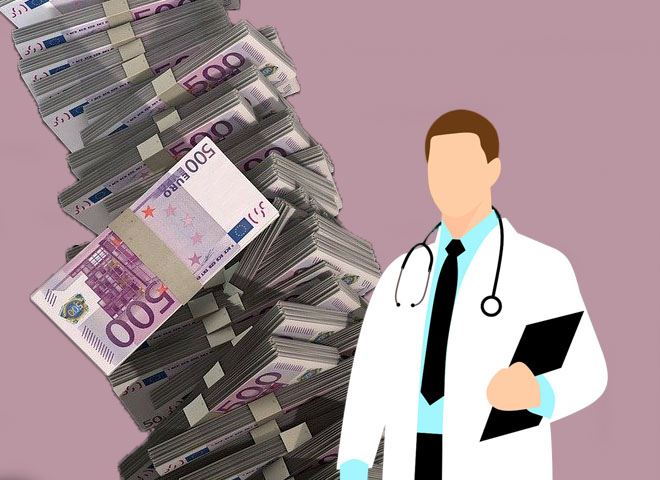 Le grand cirque de la vaccination : un médecin se vante d'avoir gagné 7 000 € en une journée
