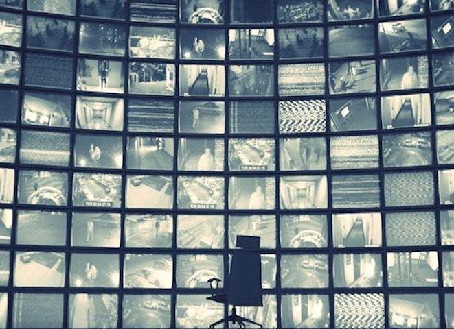 Loi renseignement : la surveillance de masse en roue libre
