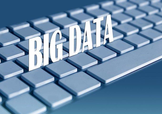 Le Sénat favorable à la collecte des données personnelles - Gerd Altmann